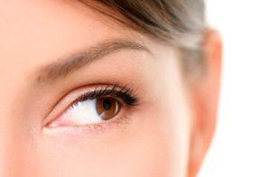 Simetría facial con ácido hialurónico
